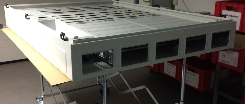 Anwendung Scherenbock im Schaltkastenbau