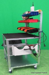 Fahrbare Arbeitzplatz 60-80 .2 mit Schleifmachinehalter